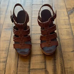 Brown dolce vita sandals